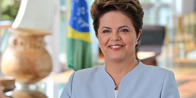 800px-Dilma_Rousseff_fevereiro_2011_3