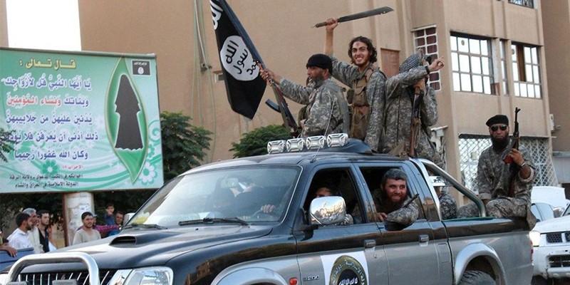 ISIS entering Rakka
