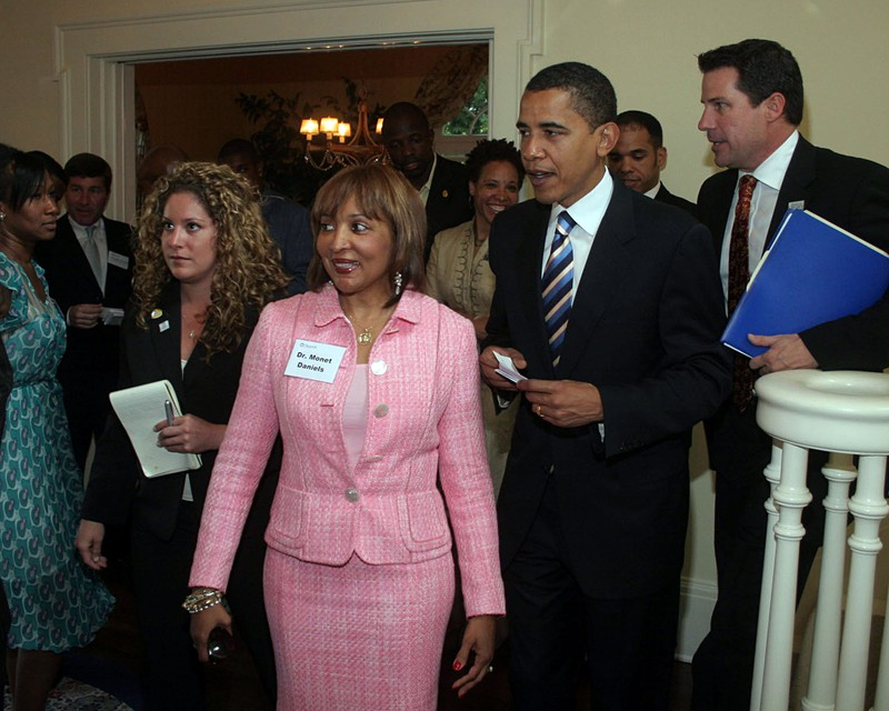 Katrina leading Obama through a fundraiser during the 2008 Presidental Campaign.
