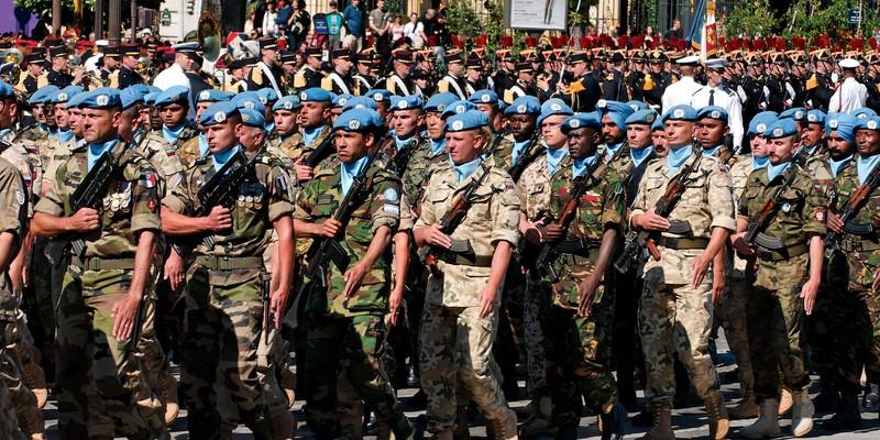 UN_battalion_Bastille_Day_2008_n2